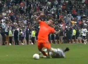 Beşiktaş- Başakşehir maçına damga vuran olay!