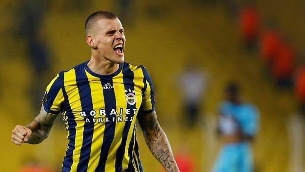 Fenerbahçe'de sezon sonu gidecekler belli oldu! 7 isim yolcu olacak...