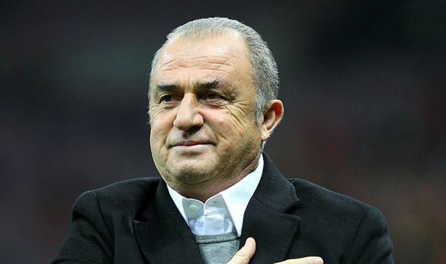 Galatasaraylı taraftarlardan Fatih Terim'e duygusal mesaj: Elini kalbine koy hocam, biz oradayız...