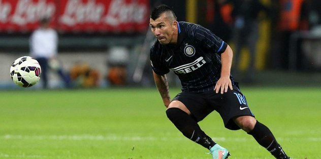 "Stoperde favori <a href=""/index/gary-medel?id=00103779-3a58-44e1-83a8-2b420b404600"" class="""" rel=""tag"">Gary Medel</a>"