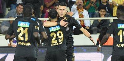 Adis Jahovic fırtınası! Süper Lig'i salladı