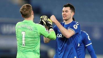 Everton tek golle galip!