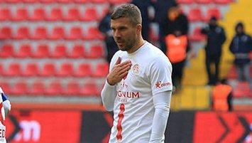 """Podolski'den flaş Özil sözleri! """"Saygı göstermediler"""""""