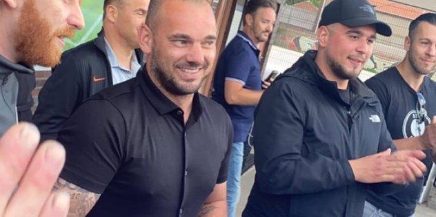 Sneijder futbola geri dönüyor! O görüşmeyi doğruladı...