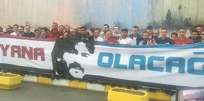 Trabzonspor Teknik Direktörü Ünal Karaman'a duygusal karşılama