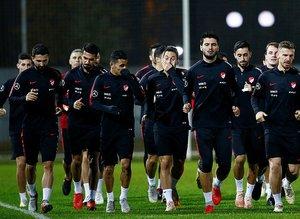 Türkiye A Milli Futbol Takımı'ndan Gökhan Akkan çıkarıldı!