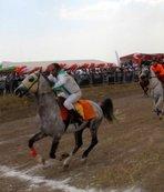 Ağrı'da at yarışları nefes kesti
