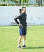 Osman Çakmak Denizlispor'la antrenmanlara çıkıyor