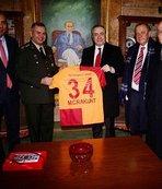 Galatasaray Kulübü'nden Anıtkabir'e ziyaret