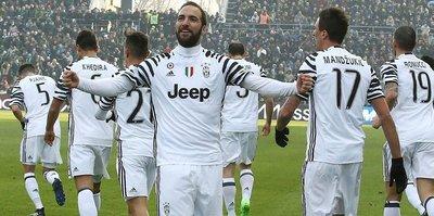 Juventus koltuğu sağlama aldı