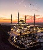 İşte İstanbul'da Cuma namazı kılınacak camiler!
