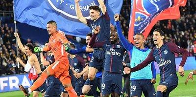 İngiltere'de Manchester City, Fransa'da PSG ipi göğüsledi