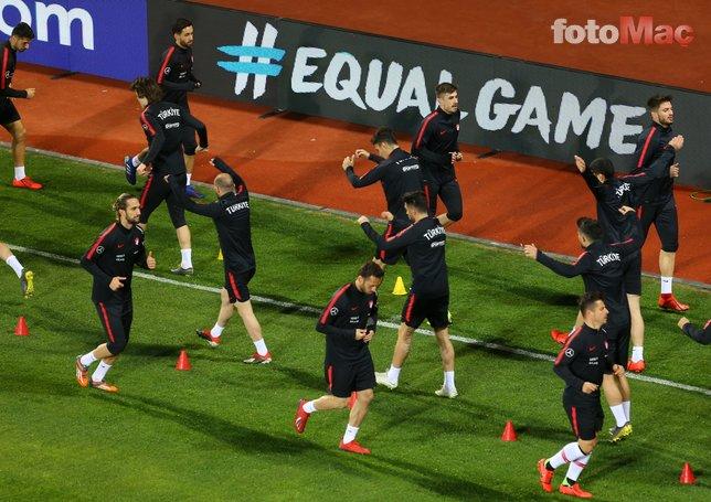 Usta yazarlar Arnavutluk - Türkiye maçını değerlendirdi!
