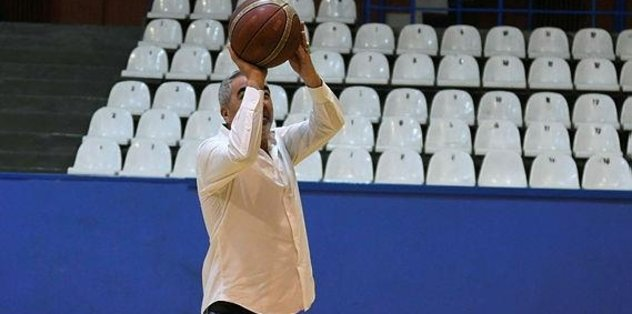 Samet Aybaba'dan basketbol resitali