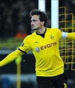 German defender Hummels returns to Dortmund