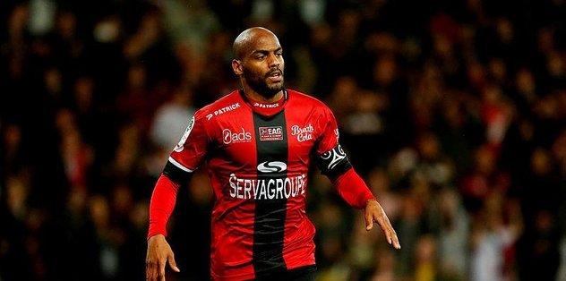Bursaspor'a Fransız golcü