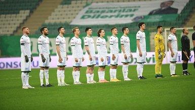 Bursaspor'da corona şoku! 11 isim pozitif