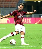 Milan produce another fightback to sink Parma