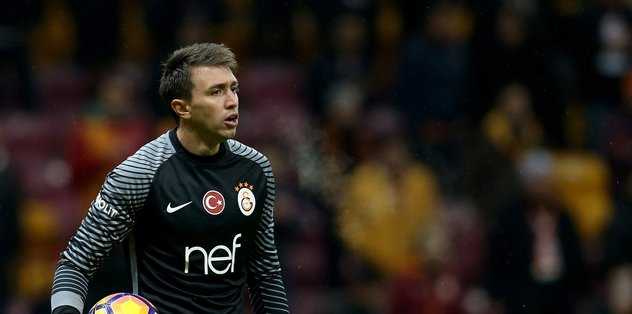 Galatasaray'dan Muslera'ya ilginç teklif!