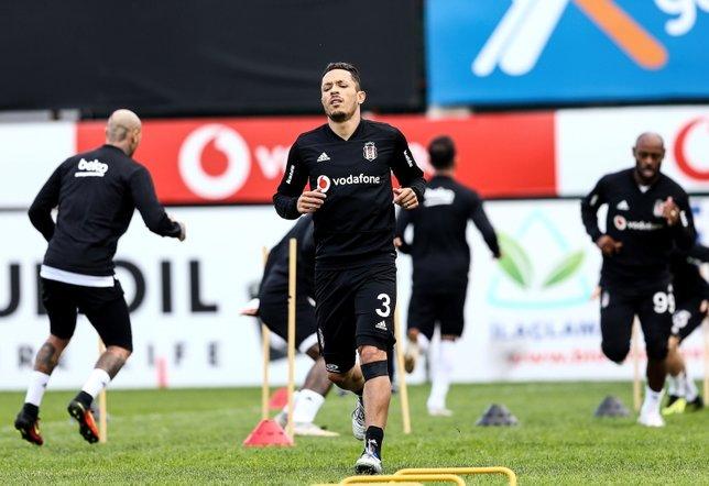 Beşiktaş dayanıklılık ve kondisyon çalıştı (12 Ekim 2018)