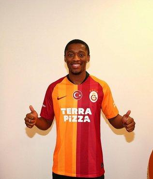 Galatasaraylı Jesse Sekidika hakkında şok iddia! KAP'a bildirilenle farklı mı?