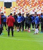 Yeni Malatyaspor yeni stadyumda taktik çalıştı