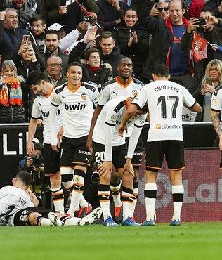 Barcelona deplasmanda Valencia'ya 2-0 yenildi