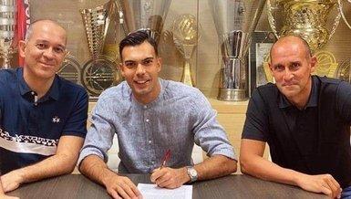Fenerbahçe'den ayrılan Sloukas Olympiakos'la sözleşme imzaladı