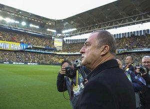 Galatasaray'da Fatih Terim 2 yıldızın üzerini çizdi! Ocakta yolcular