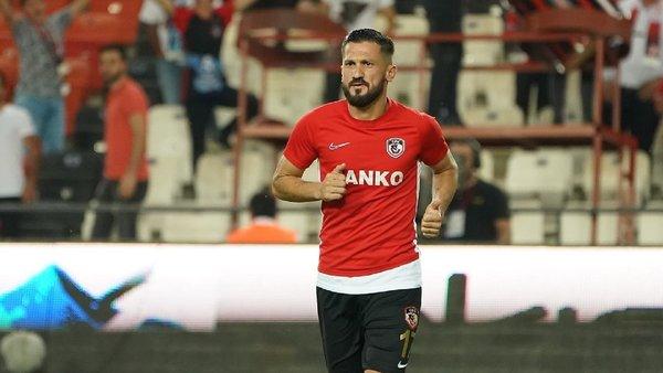 fenerbahce ve besiktas oguz ceylanin transferinde karsi karsiya geldi 1594892556308 - Fenerbahçe ve Beşiktaş Oğuz Ceylan'ın transferinde karşı karşıya geldi!