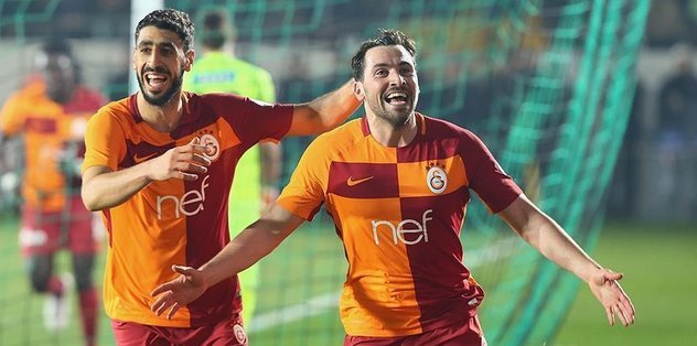 """<a href=""""/index/galatasaray?id=7f09f678-d15c-4176-9e83-4dac7890c57b"""" class="""""""" rel=""""tag"""">Galatasaray</a> grab 2-1 away lead in Turkish Cup"""