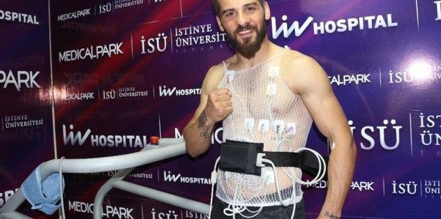 Şampiyon boksör Fatih Keleş sağlık kontrolünden geçti