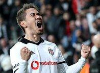 Beşiktaş'a Shinji Kagawa'dan güzel haber!