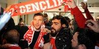 Antalyaspor Podolski'yi resmen açıkladı