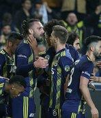 Fenerbahçe Kadıköy'de farka koştu!