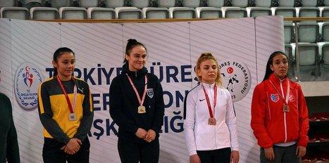 Türkiye Büyük Kadınlar Güreş Şampiyonası tamamlandı
