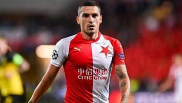 Slavia Stanciu'yu bırakmadı