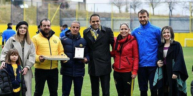 Ankaragücü'nde mevcut teknik ekip ile devam edilecek