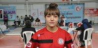 Türkiye'nin genç haltercileri Simav'da kıyasıya yarıştı