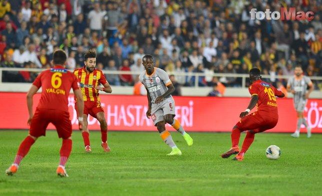 Galatasaray taraftarı Falcao'nun oyuna geç girmesine tepki gösterdi!