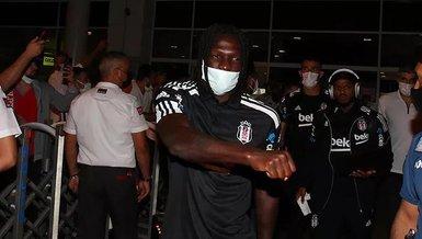 Son dakika spor haberi: Beşiktaş Antalya'ya geldi!