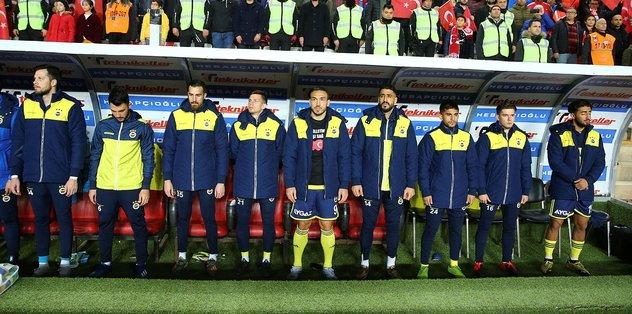 Fenerbahçe'de hayal kırıklığının adı Tolgay Arslan - Futbol -