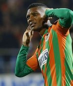 Fernandes'ten transfer mesajı