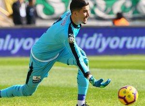 Galatasaray kaleci transferini bitirdi! Fatih Öztürk derken...