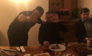 Dağıstanlı dövüşçü Khabib Nurmagomedov, Türkçe selam verdi