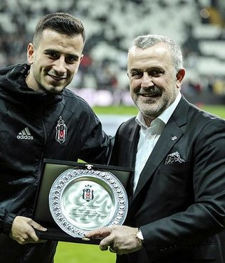 Oğuzhan Özyakup'a 200. maç plaketi