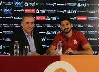 G.Saray'a transfer yasağı getiren menajer! Emre Akbaba