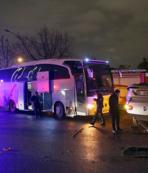 Ankara'da Zenit Kazan Voleybol takımını taşıyan otobüs kaza yaptı