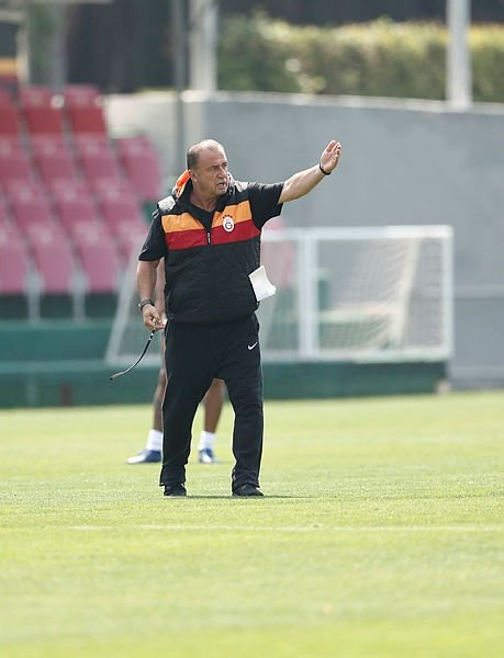 Galatasaray idmanında sürpriz isim: Fatih Terim'in isteğiyle Aysel Uçkan da idmanda!