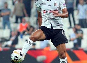 Beşiktaş transfer için İngiltere'ye gidiyor!